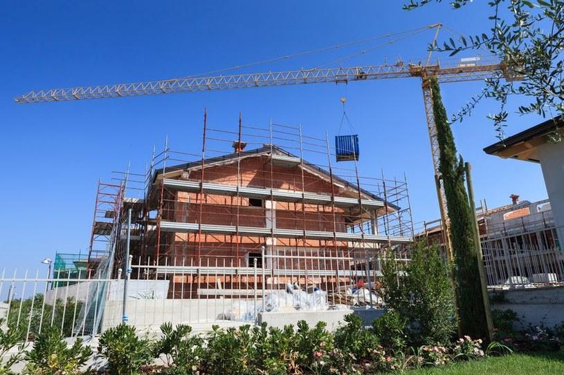 Ministerstwo Rozwoju pracuje nad nowym programem, który ma odebrać monopol deweloperom /123RF/PICSEL