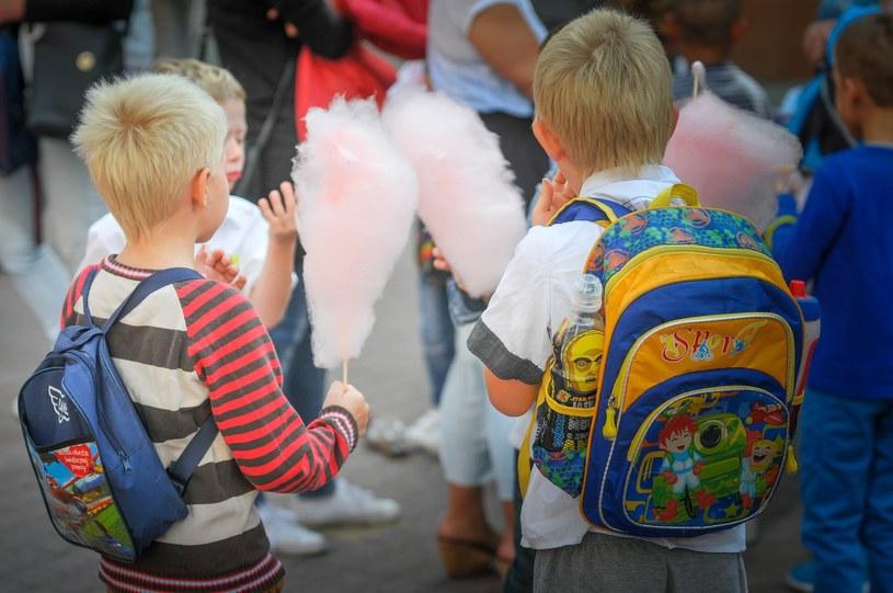 Ministerstwo zdrowia łagodzi przepisy dotyczące żywienia w szkołach / Fot. Piotr Kamionka/REPORTER /East News