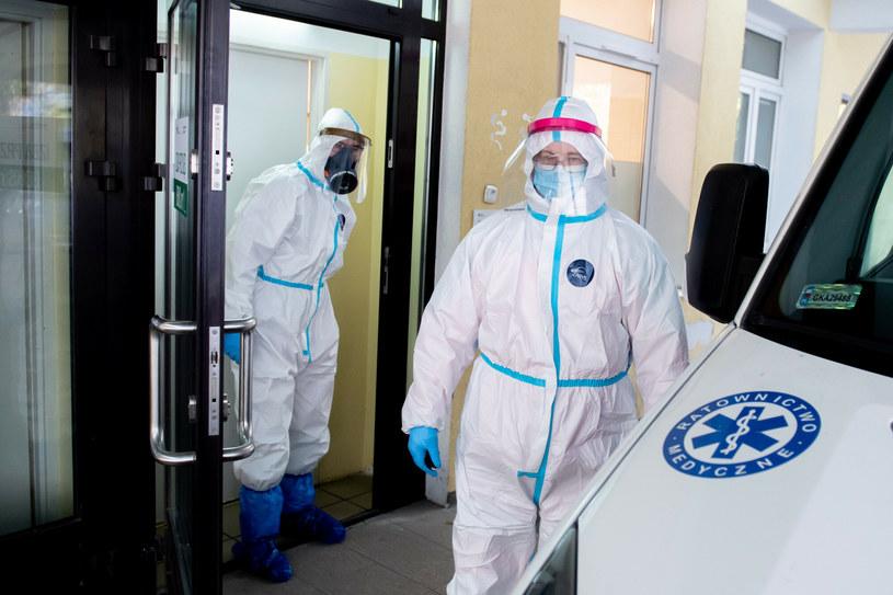 Ministerstwo Zdrowia zmieniło sposób podawania danych /Piotr Hukalo/East News /East News
