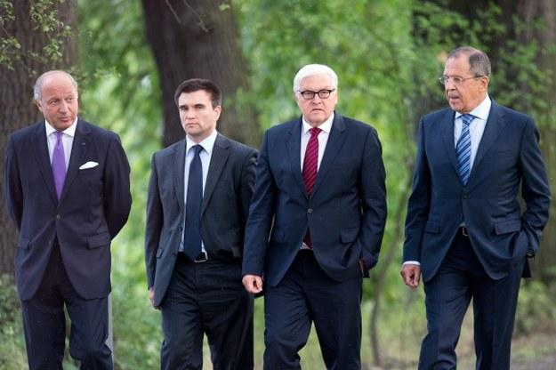 Ministrowie spraw zagranicznych: Francji - Laurent Fabius, Ukrainy - Pawło Klimkin, Niemiec - Frank-Walter Steinmeier i Rosji - Siergiej Ławrow /MAURIZIO GAMBARINI  /PAP/EPA