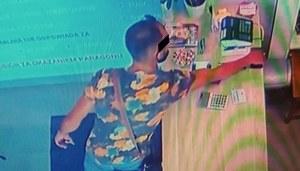 Mińsk Mazowiecki: Ukradł telefon, zdradziło go zdjęcie w koszuli