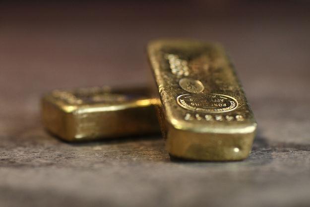 Minusem inwestycji w złoto jest całkowite zdanie się na łaskę rynku /AFP