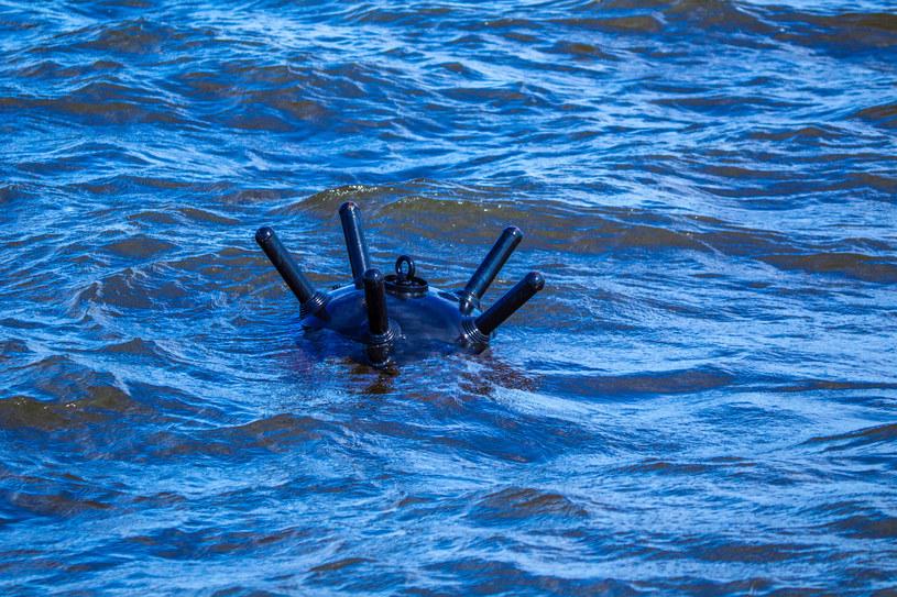 Miny wodne wciąż są poważnym zagrożeniem dla nurków /123RF/PICSEL