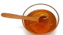 Miód lepszym lekarstwem na przeziębienie niż leki. Dlaczego?