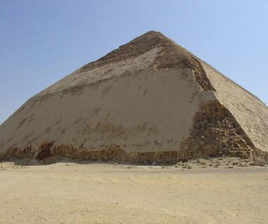 Miony odsłonią tajemnice egipskich piramid