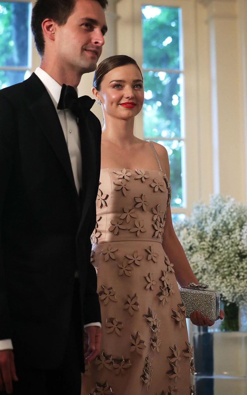 Miranda Kerr i Evan Spiegel /ALEX WONG /Getty Images