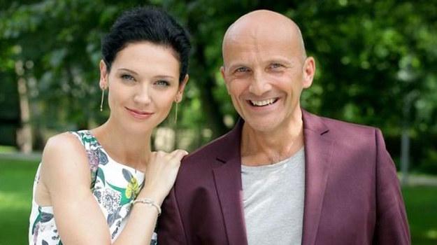 Mirka Kwiatkowska z ojcem Mariuszem (Andżelika Piechowiak i Robert Rozmus). /MTL Maxfilm