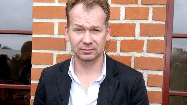 Mirosław Baka kojarzony jest głównie z rolami twardzieli. /AKPA