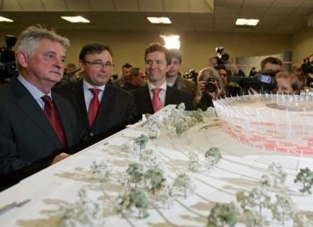 Mirosław Drzewiecki (z lewej) /AFP
