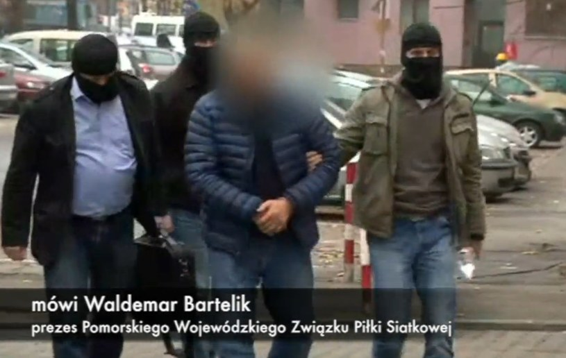 Mirosław P. doprowadzony do prokuratury przez Centralne Biuro Antykorupcyjne. /INTERIA.PL