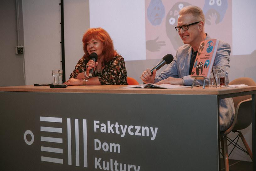 Mirosława Kątna z Mariuszem Szczygłem podczas spotkania autorskiego /archiwum prywatne