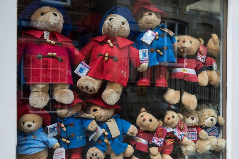 Miś Paddington doczekał się swoich podobizn w postaci zabawek /Mark Kerrison/In Pictures via Getty Images /Getty Images
