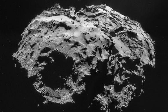 """Misja Rosetta i lądowanie na powierzchni komety 67P/Churiumov-Gerasimenko uznane zostały za największe osiągnięcia naukowe roku przez czasopismo """"Science"""". /materiały prasowe"""