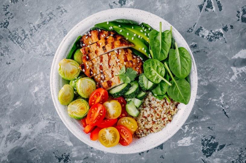 """Miski Buddy są doskonałym przykładem modelu """"zdrowego odżywiania"""" opracowanego na Harvardzie /123RF/PICSEL"""