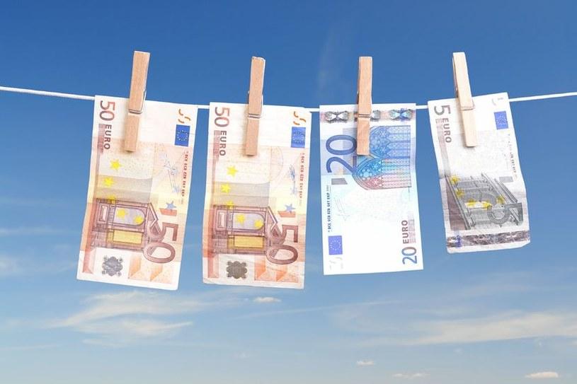 Mista chcą pieniedzy z UE pomijając rząd /123RF/PICSEL