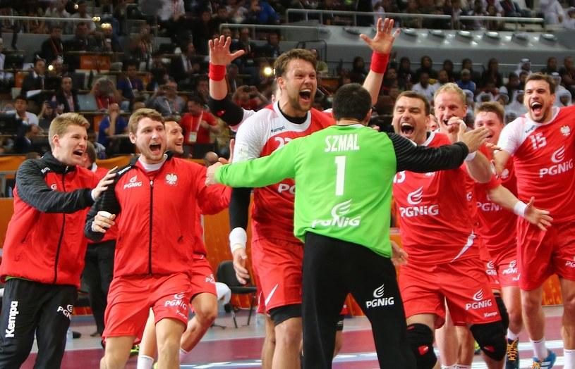 Mistrzostwa świata piłkarzy ręcznych w 2023 roku odbędą się w Polsce i Szwecji /AFP