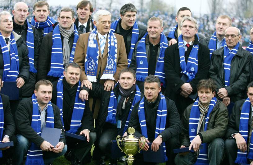 Mistrzowie Polski z Ruchu Chorzów, którzy tytuł zdobywali w 1979 roku i 10 lat później. Zdjęcie z 2009 /Tomasz Wańtuła /Newspix