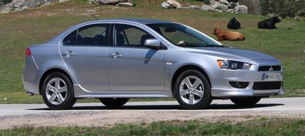 Mitsubishi lancer MY2011 /