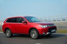 Mitsubishi Outander po liftingu