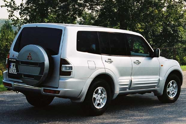 Mitsubishi Pajero (kliknij) /INTERIA.PL