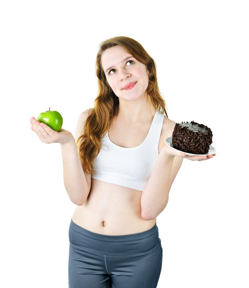 mity na temat jedzenia /© Photogenica