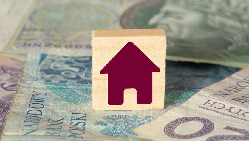 MK: Właściciele domów mogą zdobyć do 5 tys. zł na zagospodarowanie deszczówki