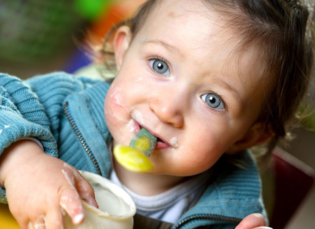 Mleko jest zdrowe dla dziecka w każdym wieku /East News /INTERIA.PL