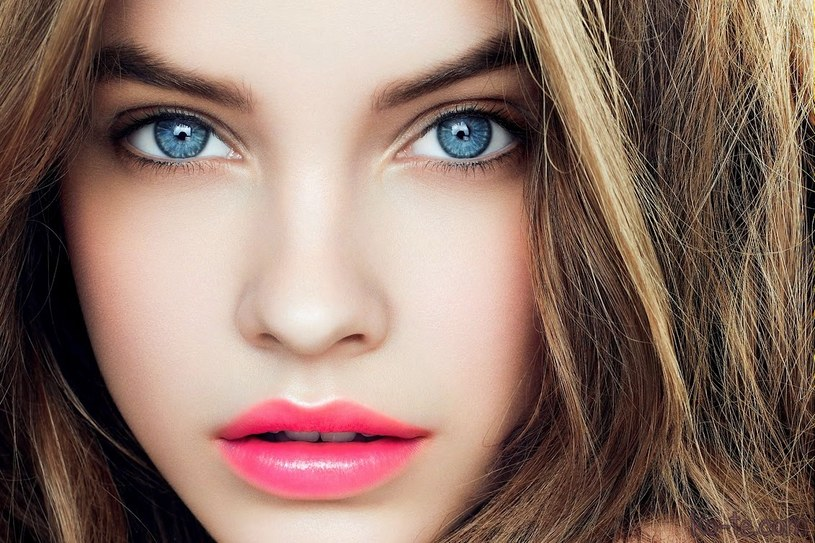młode oczy /© Photogenica