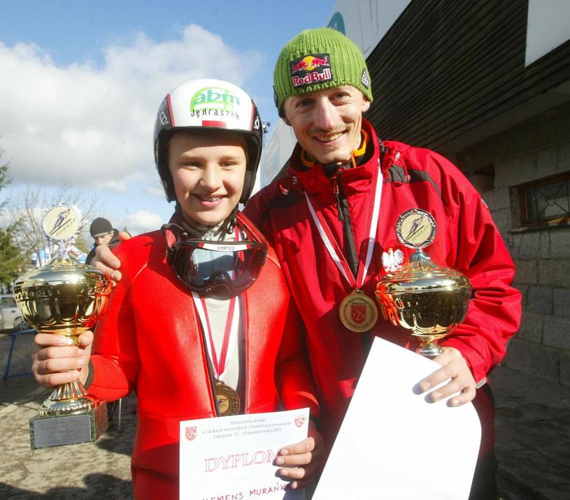 Młody Klemens z Adamem Małyszem (2007 r.) /Pawel De Ville /East News