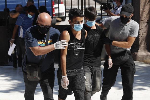 Młodzi Afgańczycy skazani za podpalenie Morii /DIMITRIS TOSIDIS /PAP/EPA