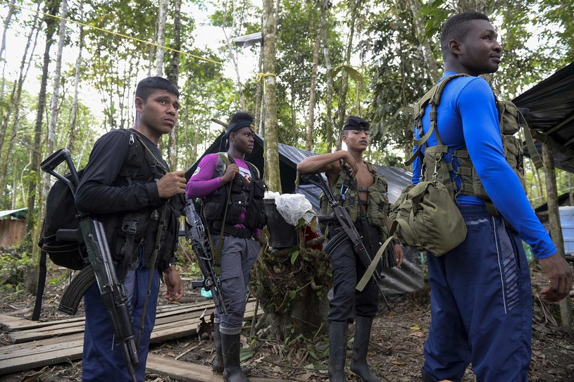 Młodzi członkowie FARC /AFP