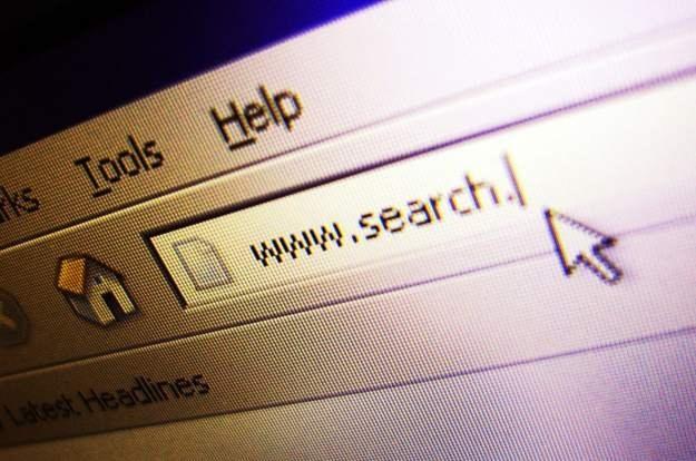 Młodzi ludzie bardziej ufają wyszukiwarkom niż samym witrynom Fot. Carl Dwyer /stock.xchng
