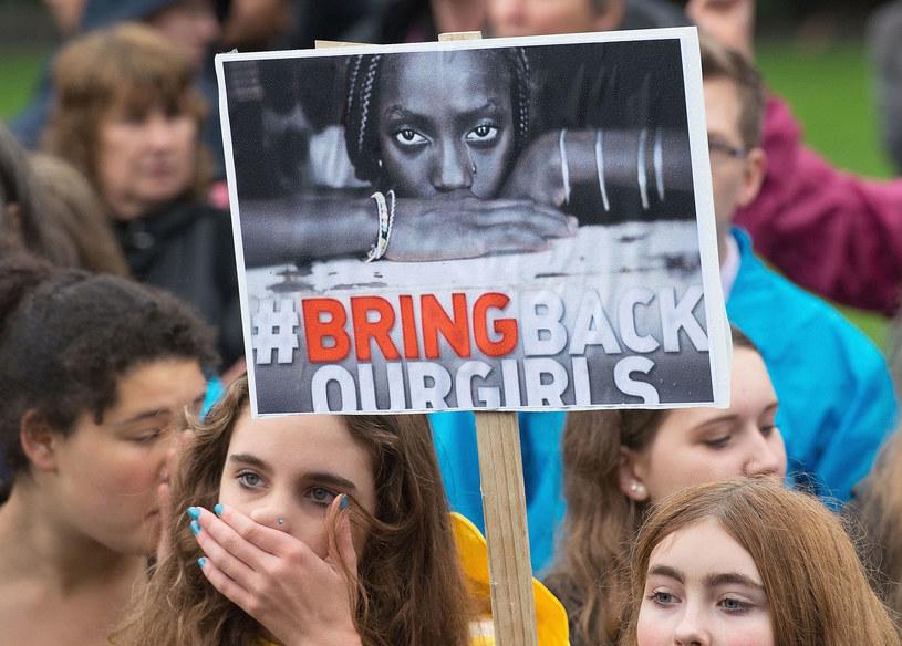 Młodzi ludzie na całym świecie protestowali domagając się uwolnienia porwanych dziewczyn /Getty Images