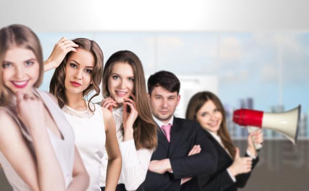 Młodzi Polacy są optymistami szukając pracy /123RF/PICSEL