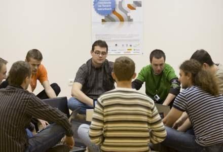 Młodzi programiści na fali - Waves Cup /materiały prasowe