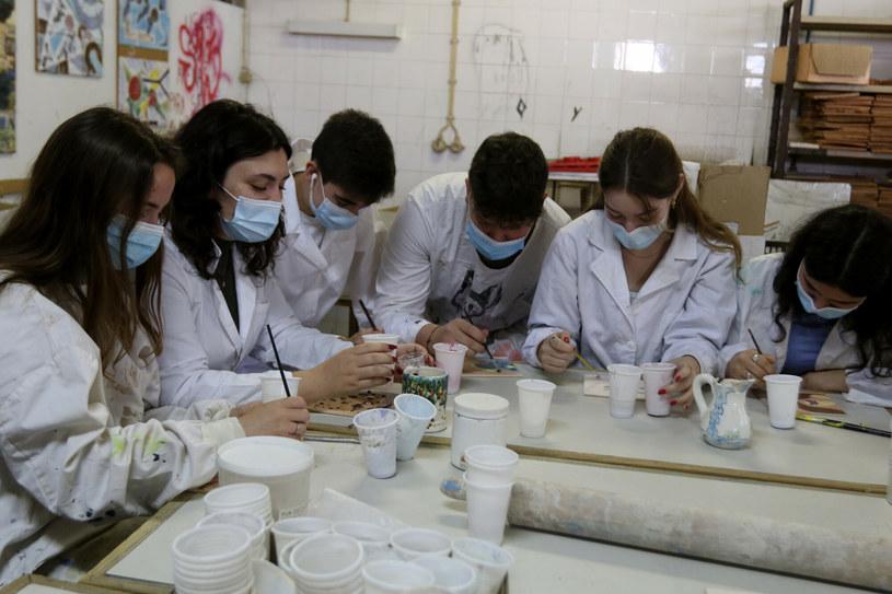 Mniej zachorowań wśród młodzieży po rozpoczęciu roku szkolnego /Global Media Group/Sipa USA /East News