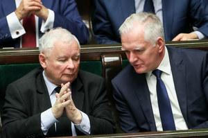 Mnożą się symptomy wojny Kaczyńskiego z Gowinem