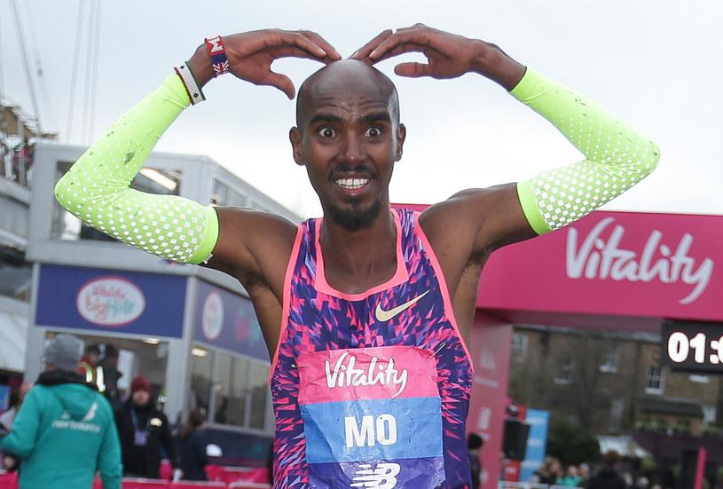 Mo Farah po półmaratonie w Londynie /AFP