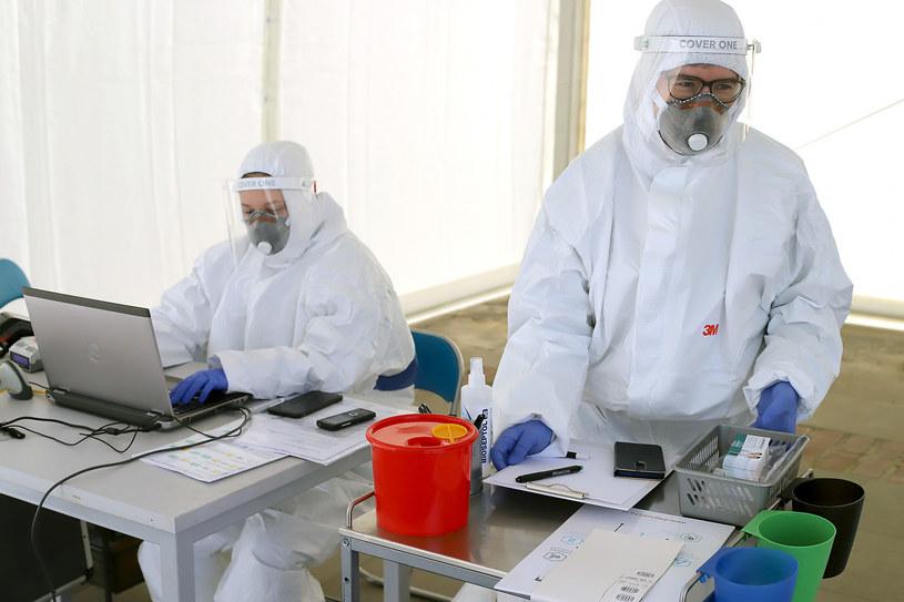 Mobilne laboratorium w Łodzi /Krzysztof Szymczak/POLSKA PRESS /East News