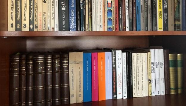 """""""Moc książek powinna być wykorzystywana do walki z izolacją"""" – podkreśla w tegorocznym przesłaniu UNESCO. /Katarzyna Sobiechowska-Szuchta /RMF FM"""