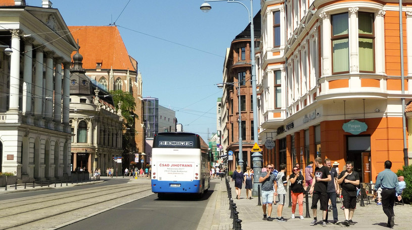 Mock mieszkał z żoną w kamienicy naprzeciwko teatru /Styl.pl