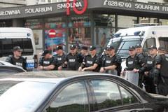 Mocna policyjna obstawa na marsz rosyjskich kibiców