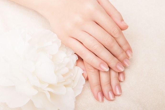 Mocne i zdrowe paznokcie /©123RF/PICSEL