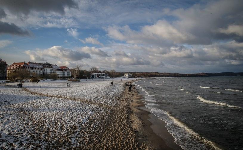 Mocno się ochłodzi i sypnie śniegiem /Karolina Misztal /Reporter