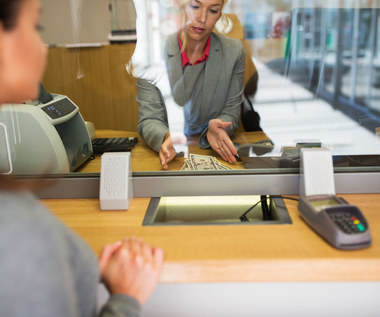Mocny spadek zysku sektora bankowego