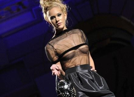 Moda w nadchodzącym sezonie funduje nam powroty do przeszłości; /AFP