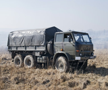 Modernizacja wojskowych ciężarówek pod lupą śledczych