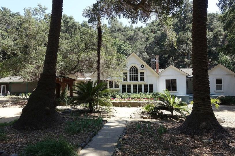 Modjeska Canyon w Kalifornii. Posiadłość Heleny Modrzejewskiej, w której mieści się muzeum poświęcone wielkiej aktorce, Modjeska Canyon, Kalifornia /Wojtek Laski /East News