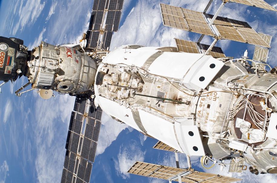 Moduł Zarya (po prawej) /NASA /Materiały prasowe