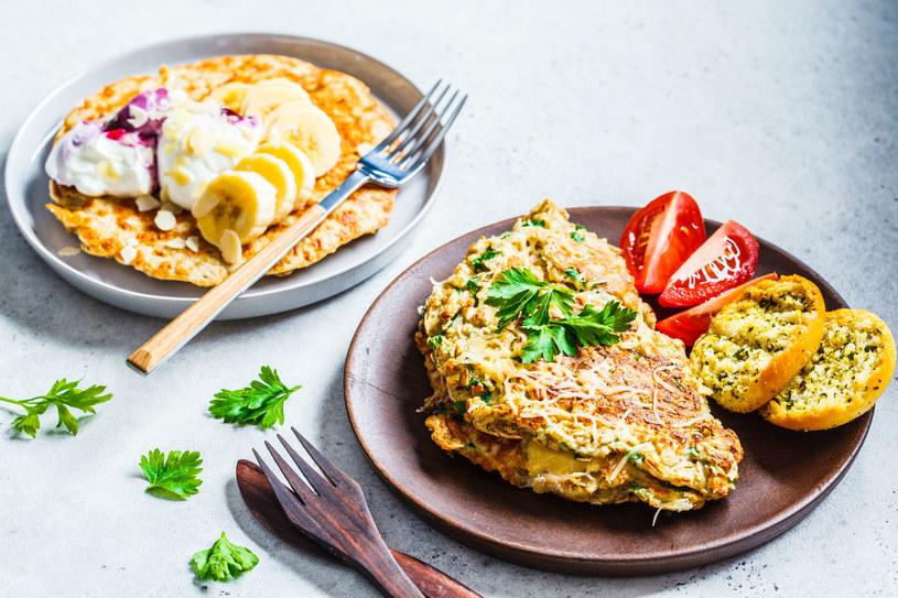 Modyfikując przepis można przygotować także omlet na słodko /123RF/PICSEL